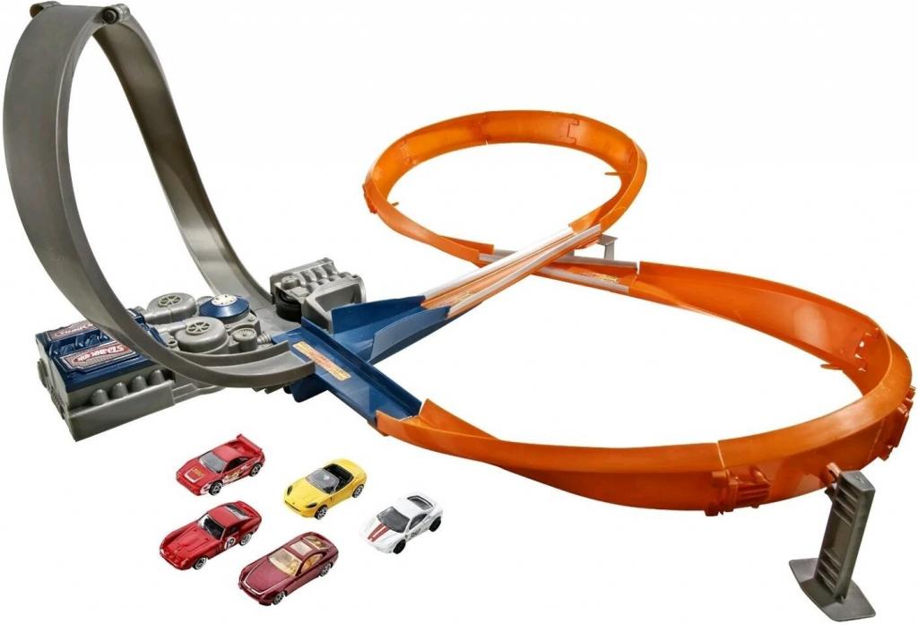 Mattel Hot Wheels závodní dráha osmička se 6 autíčky